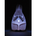 7色に光る信楽焼「信楽透器」うさぎ6号